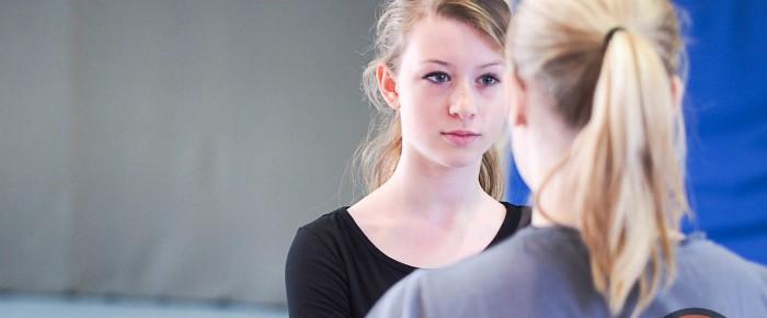 Gewaltpräventionskurs für Mädchen und Frauen