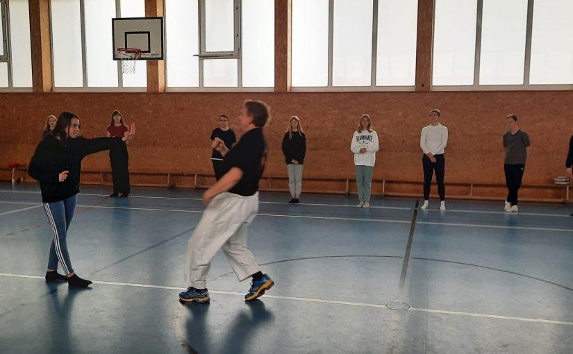 Gewaltpreventionskurs Lyonel-Feininger-Gymnasium – Selbstbehauptung – Hilfe / Flucht – Selbstverteidigung